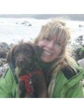 Dr Clare Wright - Principal Dentist at Ice Dental