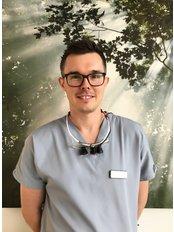 Dr Mark Franks - Dentist at Shine Dental Care