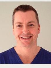 Ravenshead Dental Practice - Dr Laurie Carlson-Hedges