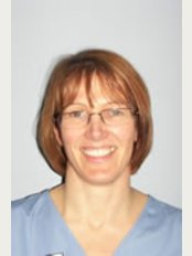 Roberts   Travers Dental Care - Dr Aileen Travers
