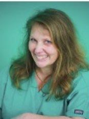 Dr B Barnes - Oral Surgeon at Apex Dental Group - Somerton