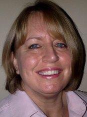 Dr Ysanne Shackford - Dentist at Smile Create Ltd
