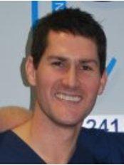 Dr Dave Thomas - Dentist at Thompson and Thomas - Fairlawns