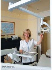 Full Dentures - Dr Alison J Brown BDS
