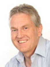 Dr Ian Davies - Orthodontist at Suffolk Orthodontic Practice