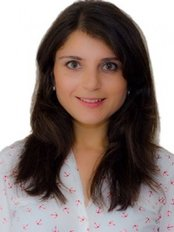 Dr Sita  Kapur - Oral Surgeon at Chessington Dental Practice