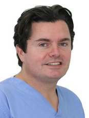 Dr Scott Simpson - Oral Surgeon at Lynwood Dental and Implant Centre