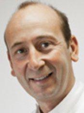Walton Park Dental Practice - Dr Jason Drewett