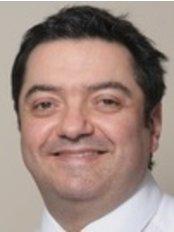 Mr Erik Osborne - Dentist at Osborne Family Dentists - Newcastle Clinic