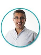 Dr Harjinder Singh - Principal Dentist at St. Michaels Dental Practice
