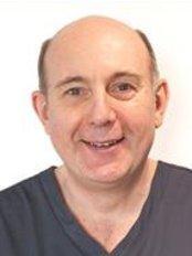 Langmans Dental Health Centres - Wellesbourne 2 - 2 Willow Drive, Wellesbourne, Warwickshire, CV35 9SB,  0