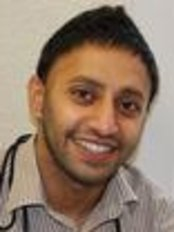 Dr Inderveer Johal - Dentist at Edgbaston Dental Centre