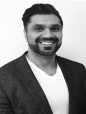 Mr Hardeep  Bratch - Dentist at Dental FX Clinic