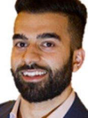Dr Akash Minhas - Dentist at Midlands Smile Centres - Selly Oak