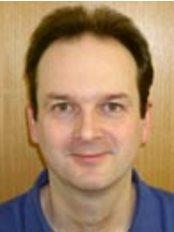 Selly Park Dental Centre - Dr Hugo Whitehead