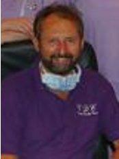Clent Dental Care - Dr Nathan Turner