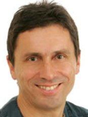 Great Smiles Dental Spa - Dr Paul Lowe