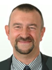 Dr Clive Gibson - Dentist at Lansdowne Centre