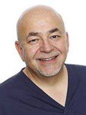 Arundel Dental Care - Simon Brown