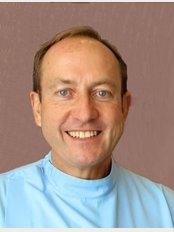 Nyewood Dental Practice - Dr Richard Plowman