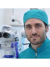 Dr. Li Greci - Dentist at IMI Clinic Leeds