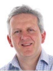 Dr PeterFellermanBDS DGDP(UK) - Dentist at King Lane Dental Care