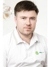 Dr Oleg Chyzhuk - Dentist at Astra Dent Dental Clinic