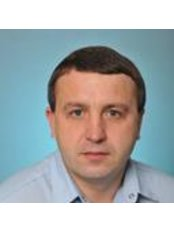 Dr Mixail Zinovevich Lishhishin - Dentist at Central Dental Clinic of the Ministry of Defense of Ukraine -Melnykova St