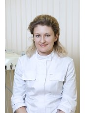 Mrs Engel Maria O. - Dentist at Clinic Dent Parnassus