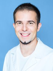 Dr Ryabcev Arthur - Dentist at Clinic of Aesthetic Dentistry