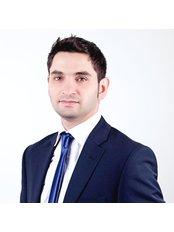 Dr Fadi Khaek - Orthodontist at Dental clinic