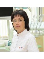 Lakimets Helena - Dentist at Medart Dentistry
