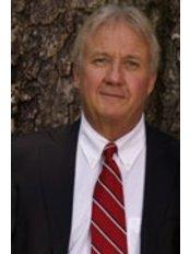 Dr William Welch Jr. - Dentist at Highland Dental Center: William P Welch Jr., DDS
