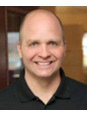 Dr David Gundersen - Doctor at First Choice Dental Group - Fitchburg