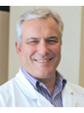 Dr William Graf - Doctor at First Choice Dental Group - Middleton