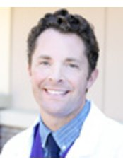 Dr Trent Cox - Doctor at First Choice Dental Group - Middleton