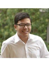 Dr Quang Duong Pham - Dentist at Hanoi Sydney Dental Clinic