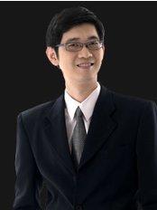 Dr K.S. Heng - Surgeon at Medical Tourism Vietnam