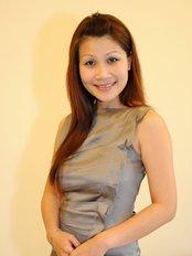 Dr Rosalind Hooi -  at Medical Tourism Vietnam