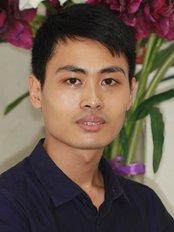 Dr Lê Van Hai -  at Nha Khoa Việt Úc