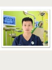 Smile Care Dental Clinic Hanoi Vietnam - Dr. Nguyen Viet Kien - Prosthodontist