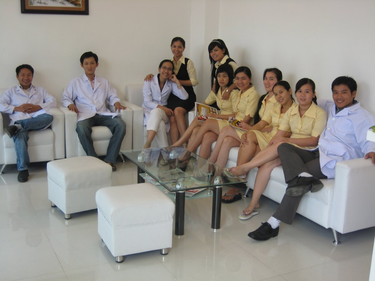 Dr. Thien-Giang Bach-Huynh, MD, Reviews, Education ...