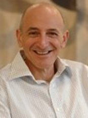 Prof Carl Vinciullo -  at Oxford Dermatology and Day Surgery