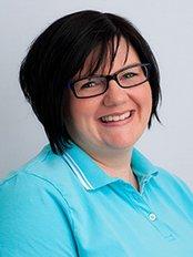 Ms Verena Demir -  at Hautnah - Dr. med. Janine Bock