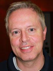 Dr Lars Kretzschmar -  at Hautarzte am Bach