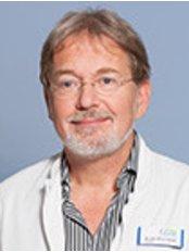 Dr Benno Splieth - Doctor at Vital Klinik