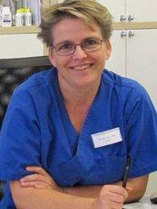 Dr. med Astrid Lustig and Dr. med Dagmar Von Uslar - Deisterallee 8, Hameln, 31785,  0