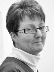 Ms Woman Notbohm -  at Dr. med Astrid Lustig and Dr. med Dagmar Von Uslar