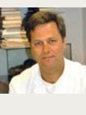 Dr. med. Wolfgang Stieler - Ahmser Str. 15, Herford, 32052 Herford,