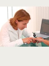 Dr. med. Christina Smith - Siegfriedstr. 9, München, 80803,